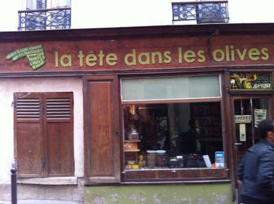 Tête dans les olives