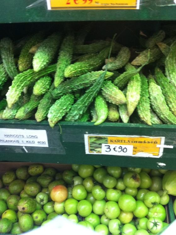 Des courges amères au délicieux vert, toutes hérissées de picots. (c) Coco Jobard