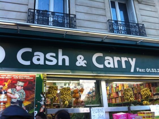 Vous trouverez tous ces légumes, fruits, riz et tant d'autres chez VT Cash & Carry au niveau du 193, rue du Faubourg Saint Denis dans le Xème à Paris. (c) Coco Jobard